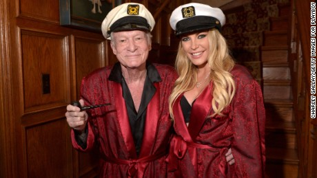 150804085447-hugh-and-crystal-hefner-lar