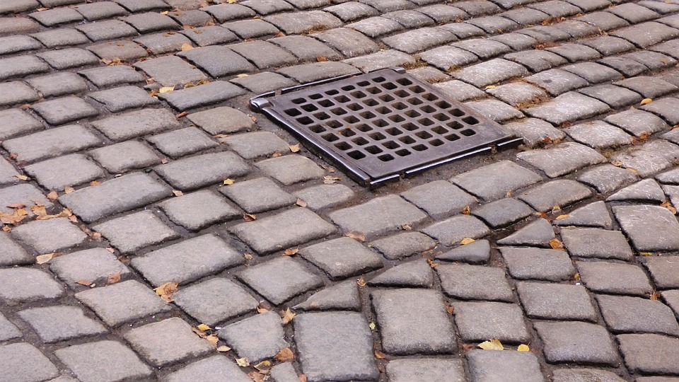 pavement-228086_960_720.jpg