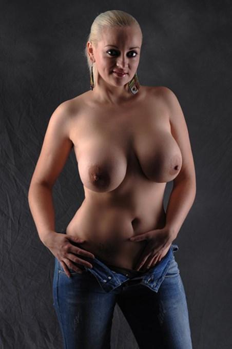 Melissa_607951_large.jpg